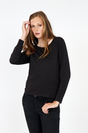 Pylle Pullover Black